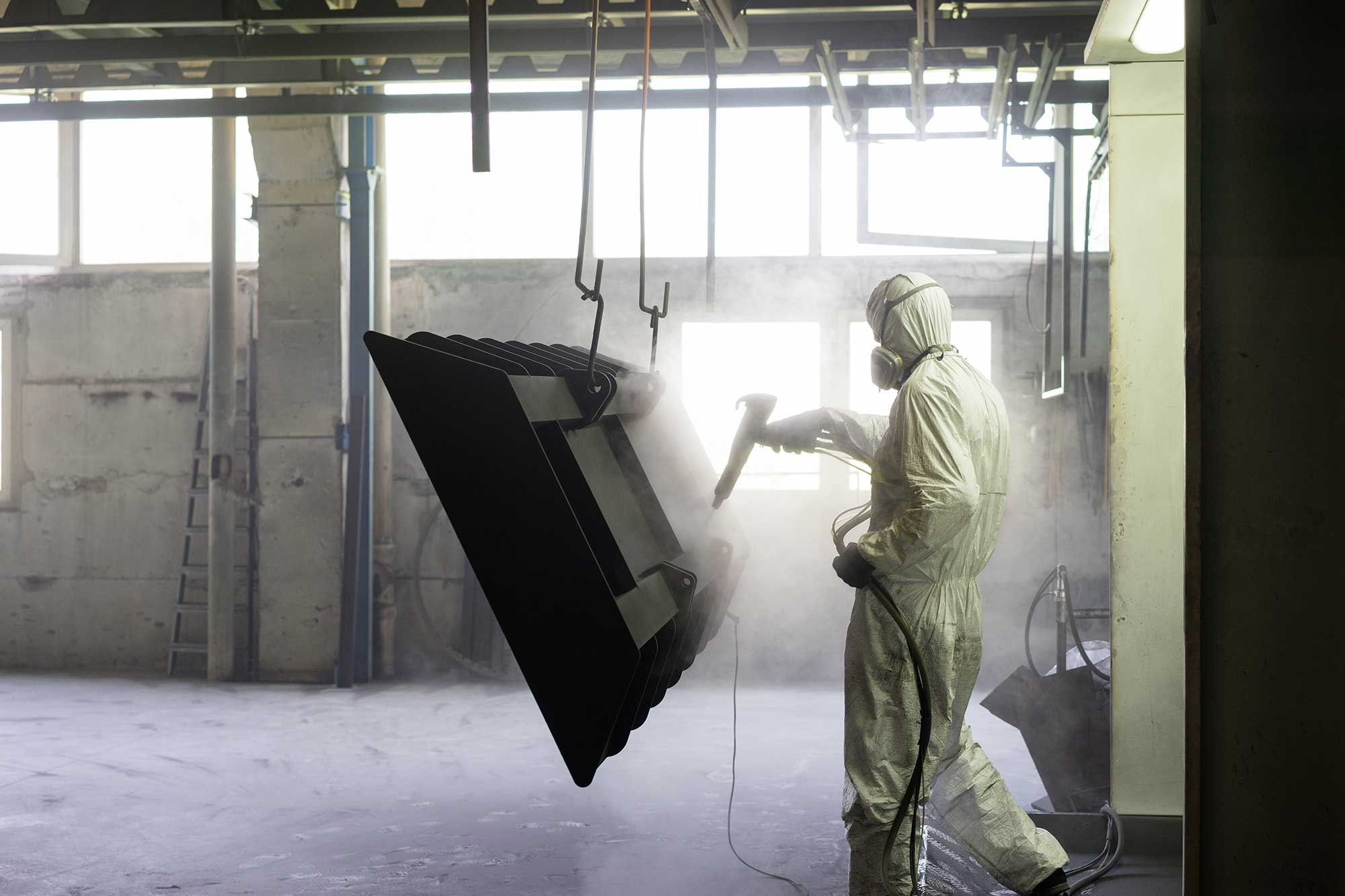 Worker Sand Blasting A Metal Crate Pkcdccb